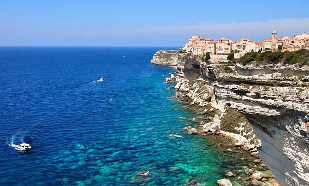 Hermosa costa mediterránea - foto de stock