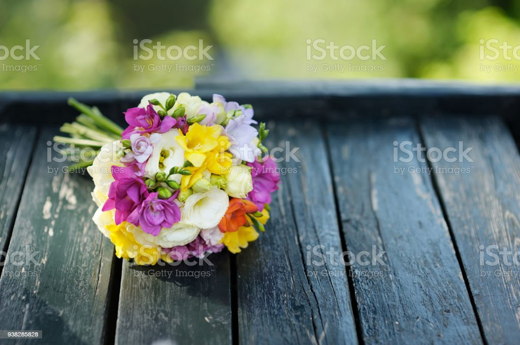 Beautiful colorful wedding bouquet стоковое фото