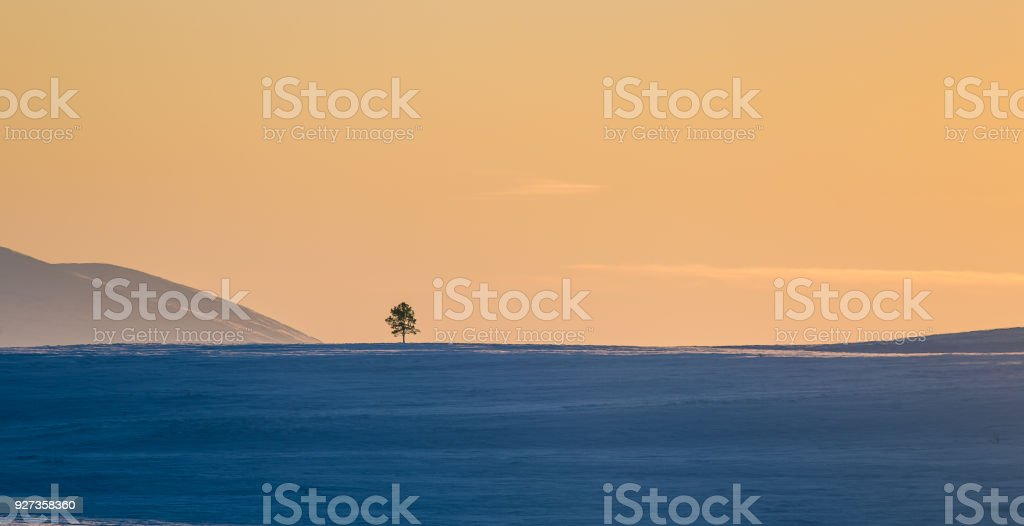 A beautiful colorful winter sunset in a central Norway. - Royalty-free Beauty Stock Photo