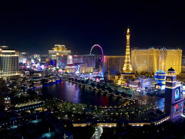 Beautiful Colours Of Vegas At Night Las Strip Lit Up At Night nevada stock pictures, royalty-free photos & images