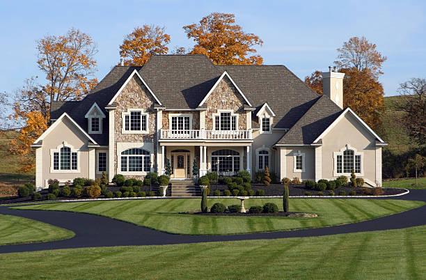 wunderschöner country estate - große häuser stock-fotos und bilder