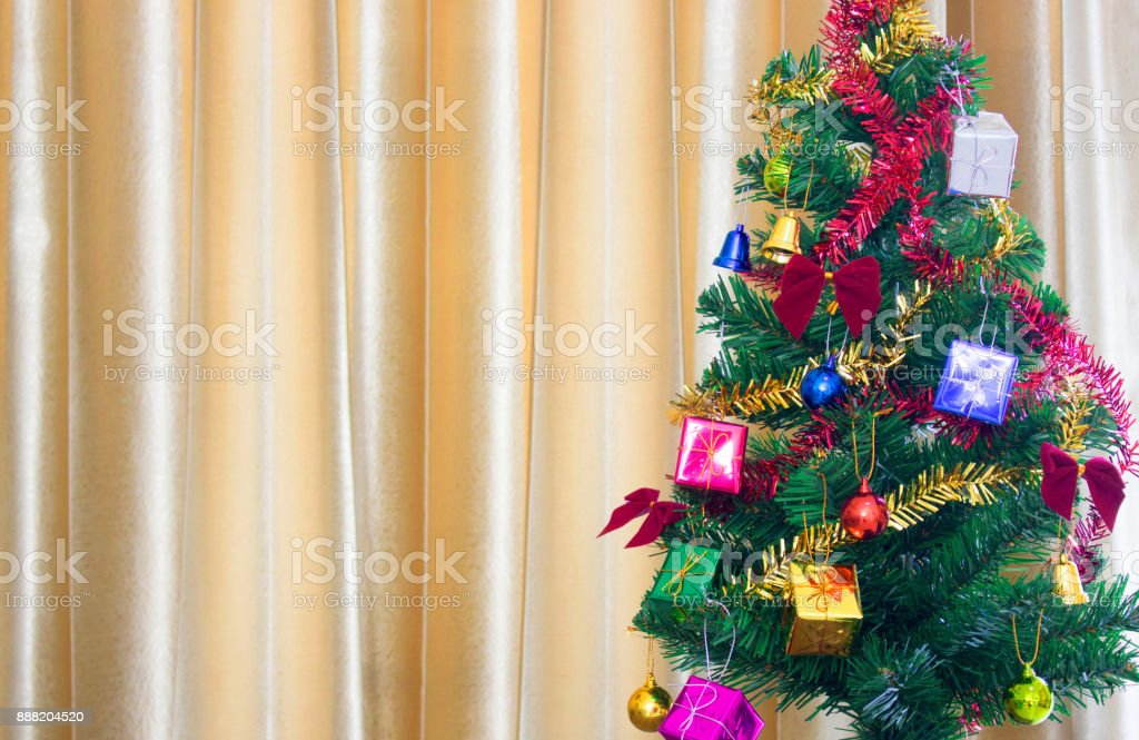 beautiful decorated christmas tree holiday background royalty free stock photo - Beautifully Decorated Christmas Tree Images