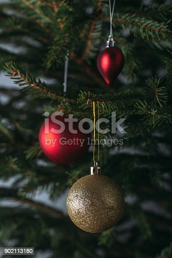 istock Beautiful decorated Christmas tree 902113180