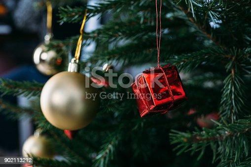 istock Beautiful decorated Christmas tree 902113212
