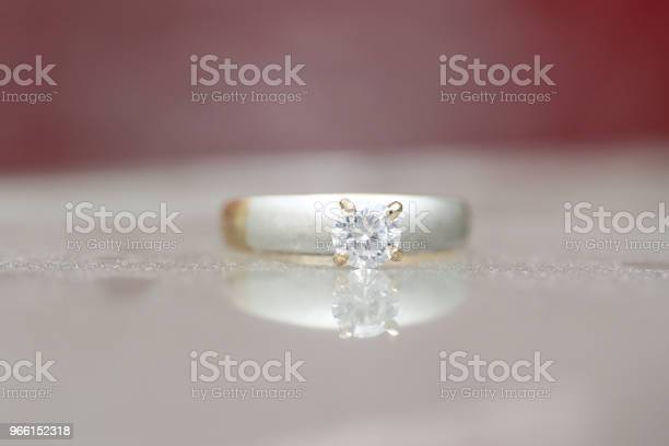 Vacker Diamantring-foton och fler bilder på Dekoration