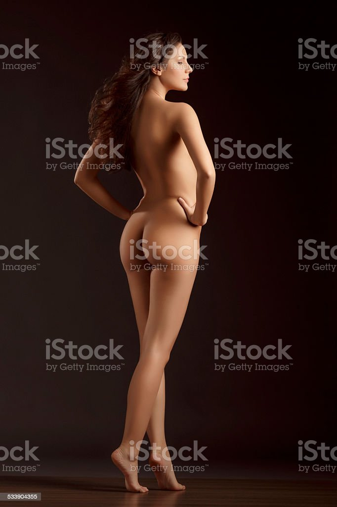 Pictures of naked brunette women