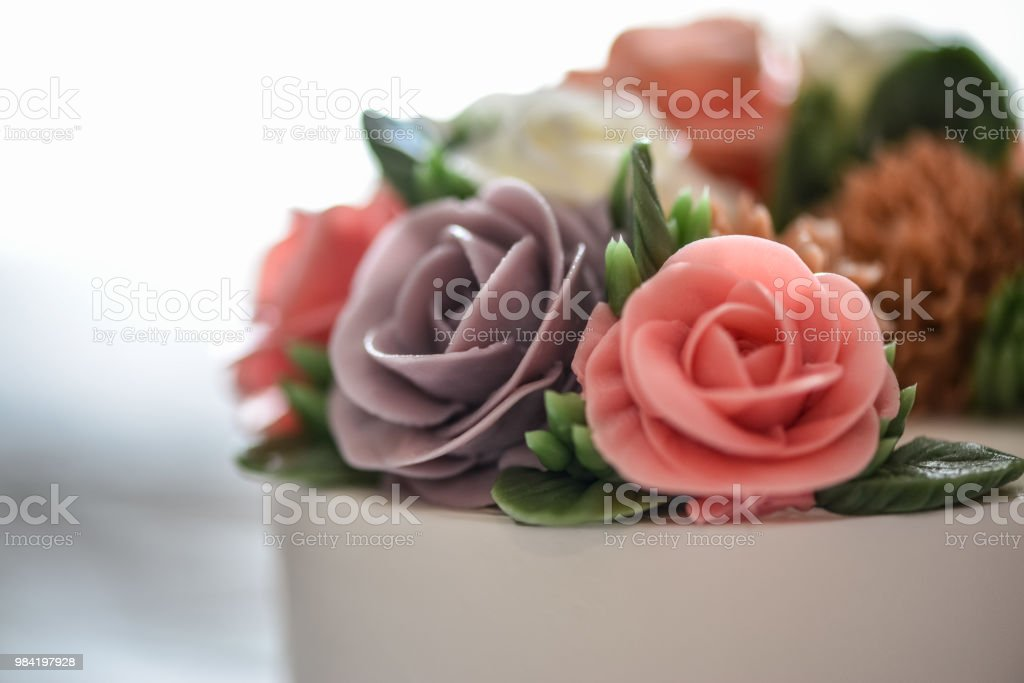 A beautiful elegant flower cake for birthday or wedding party in a...