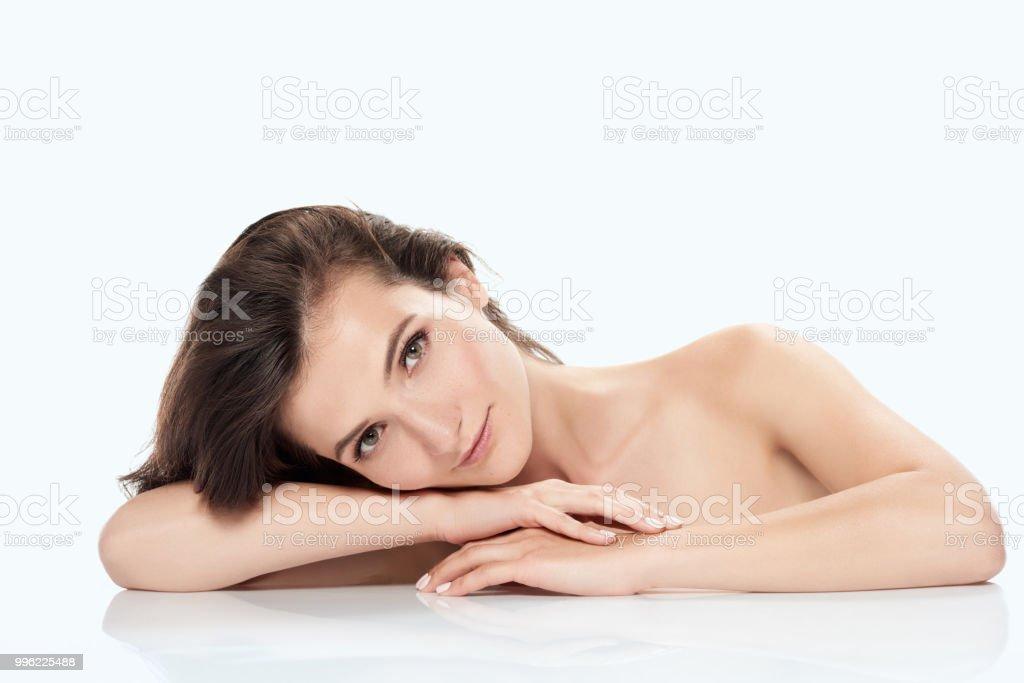 Teen mirror nudes