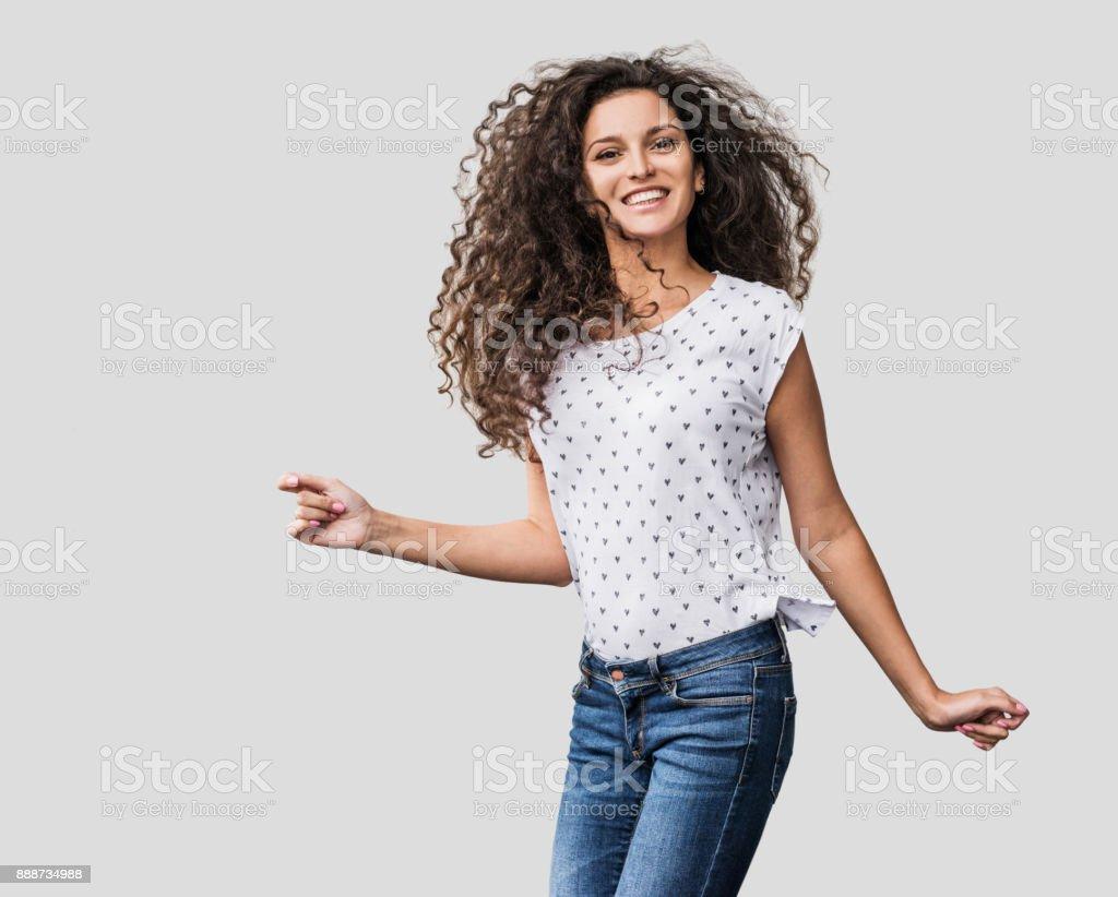 Schöne emotionale Frau, die Spaß – Foto