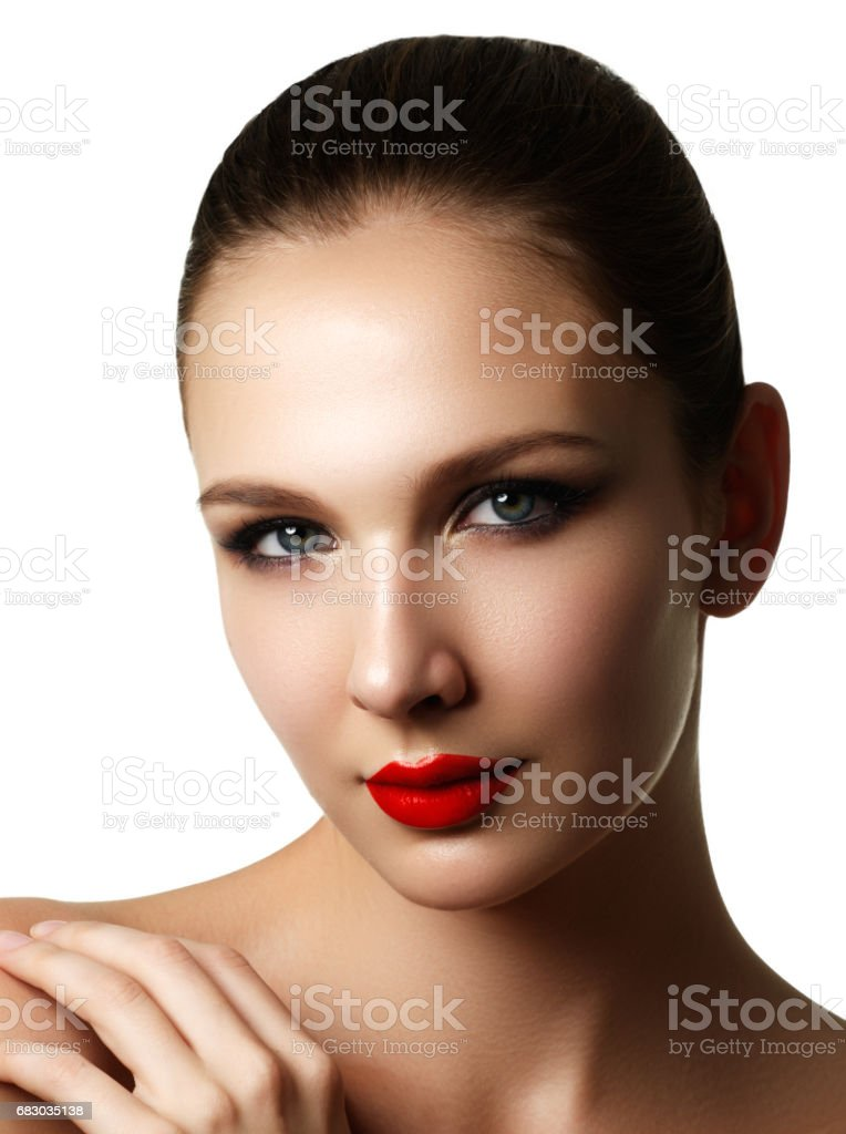 Beautiful fashion woman model face portrait with red lipstick. G foto de stock royalty-free