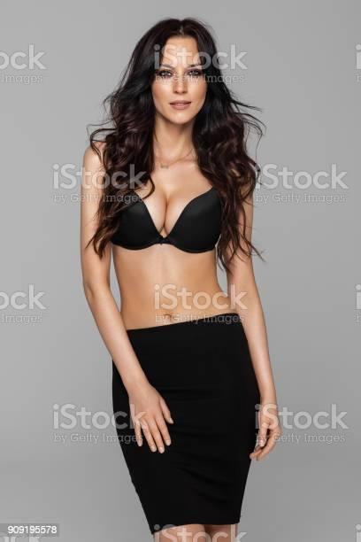 Beautiful female model picture id909195578?b=1&k=6&m=909195578&s=612x612&h=9h6h22r tk es cvz kygwz ssc btcdr2zewjblfue=