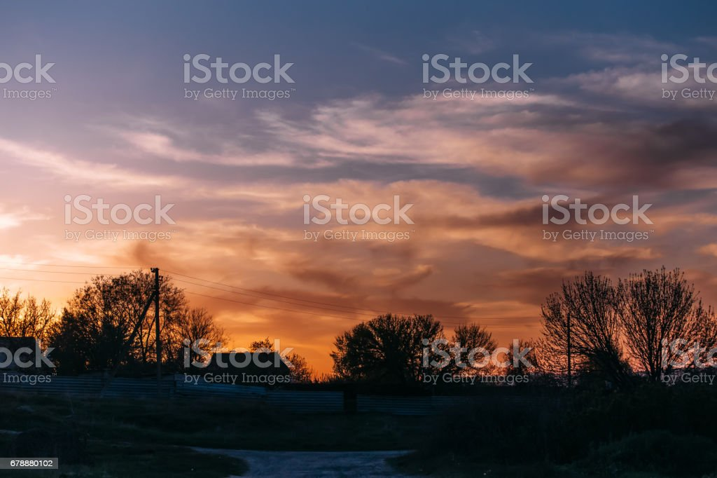 Güzel ateşli gün batımı. royalty-free stock photo