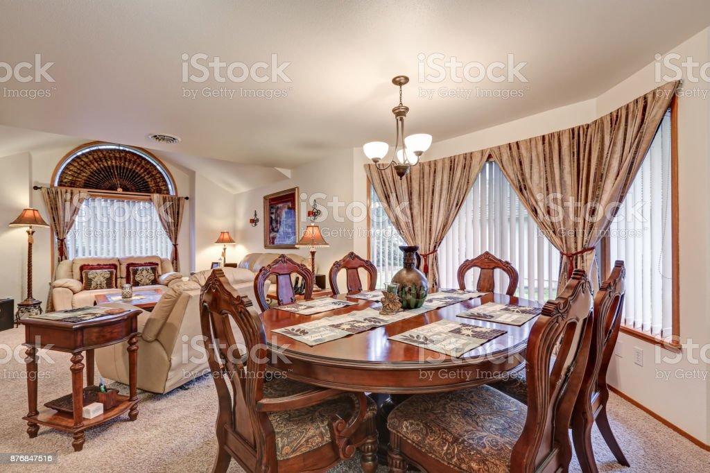 Prachtige Formele Eetkamer En Woonkamer Interieur Noordwesten Verenigde Staten Stockfoto En Meer Beelden Van Appartement Istock