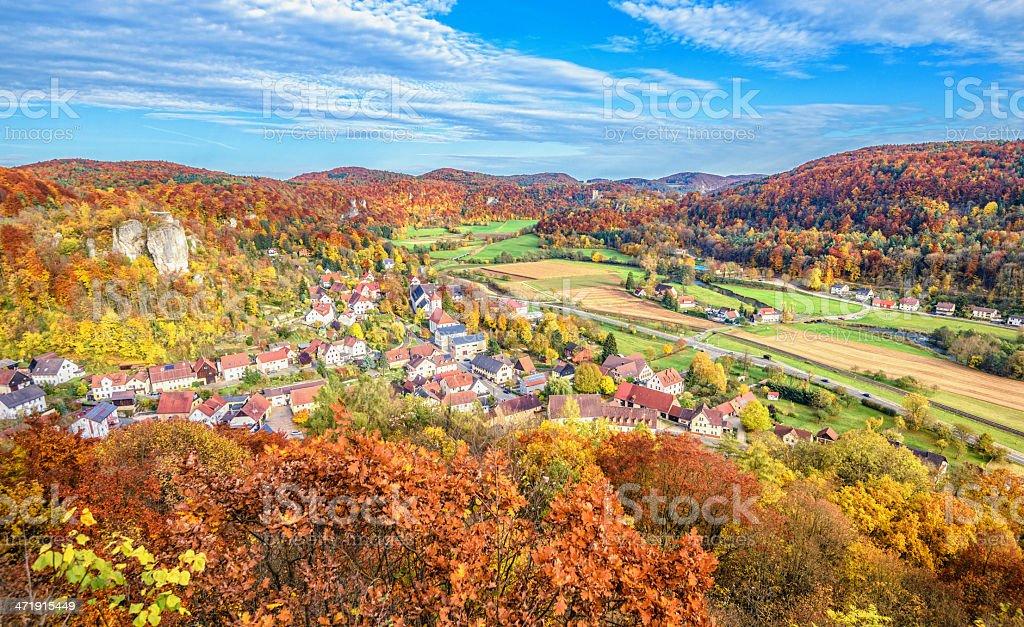 Wunderschöne fränkische Herbst-Landschaft im Wiesenttal-Deutschland – Foto