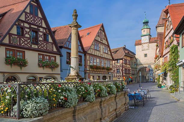 beautiful german medieval city of rothenburg - rothenburg stockfoto's en -beelden