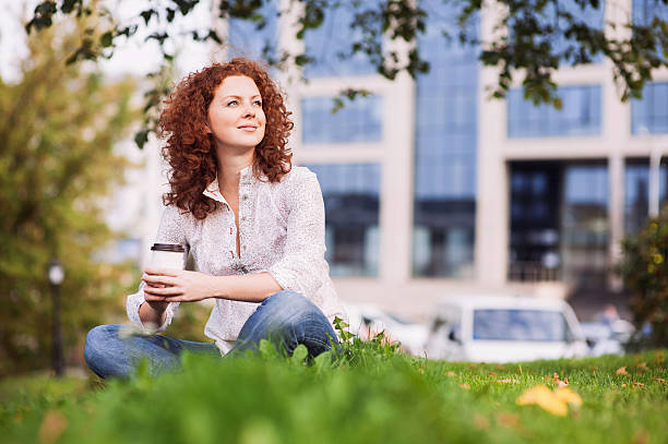 beautiful girl drinking coffee outdoors - lunchrast bildbanksfoton och bilder