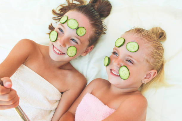 Beautiful girls with facial mask of cucumber children taken pictures picture id1022864086?b=1&k=6&m=1022864086&s=612x612&w=0&h=9t74nd0wxc3i zv2yj6vuvu0cbfjs1tvozt4r96k0ne=