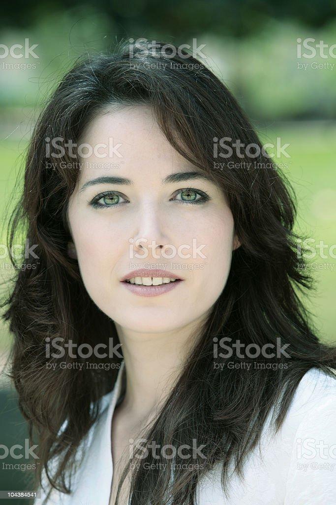 Grüne dunkle augen haare beaucawdbaba: Braune