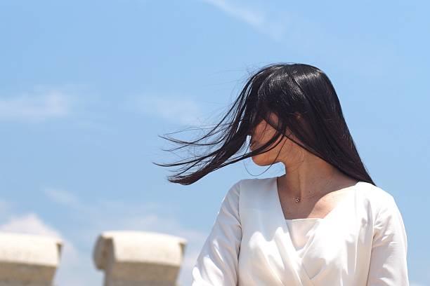 beautiful hair of japanese woman - 女性 横顔 日本人 ストックフォトと画像