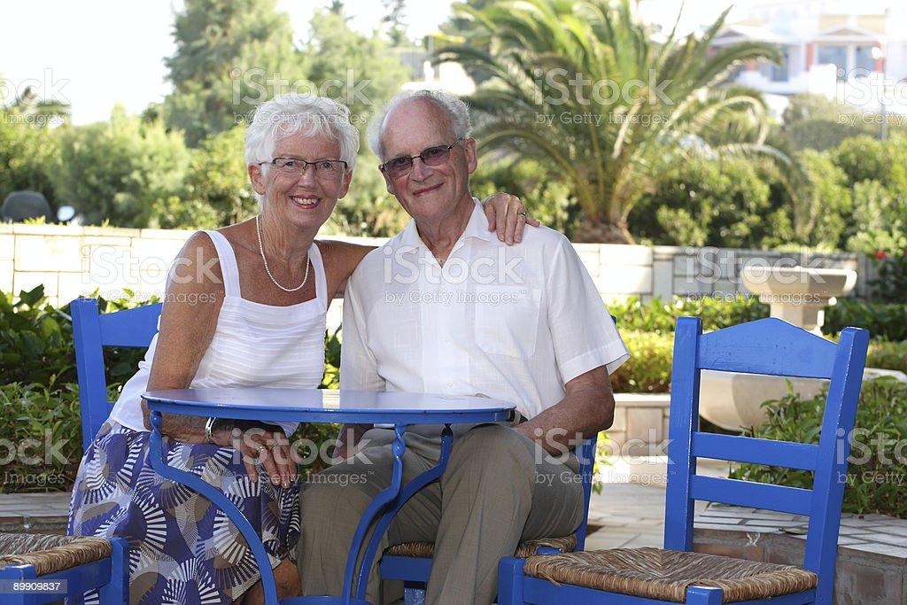 Hermosa feliz jubilados foto de stock libre de derechos