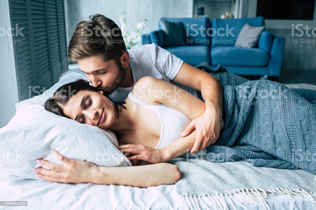 Die wichtigsten Fragen, die beim Dating gestellt werden müssen