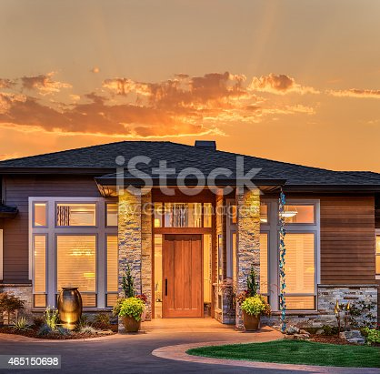 697393252 istock photo Beautiful Home Exterior at Sunrise and Sunset 465150698