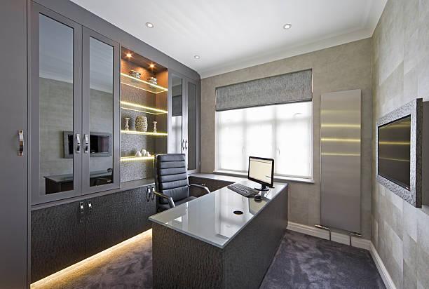 wunderschöne home office - arbeitszimmer möbel stock-fotos und bilder
