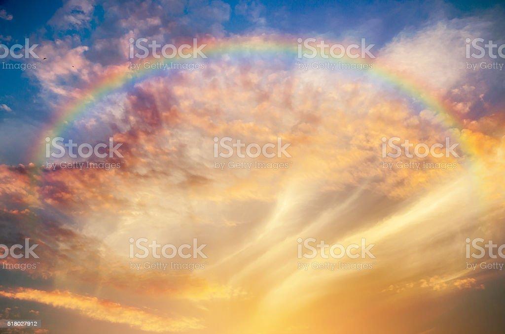 Hermosa en el cielo - foto de stock