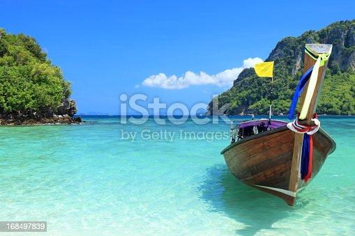 istock Beautiful island 168497839