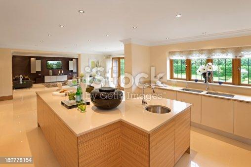 istock beautiful kitchen 182778154