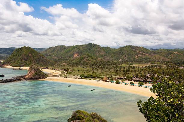 beautiful kuta beach - lombok stockfoto's en -beelden