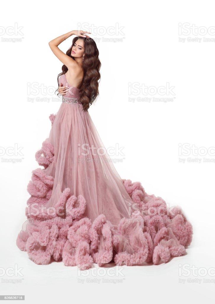 Señora Hermosa En Vestido Rosa Exuberante Lujo Mujer Morena De La ...