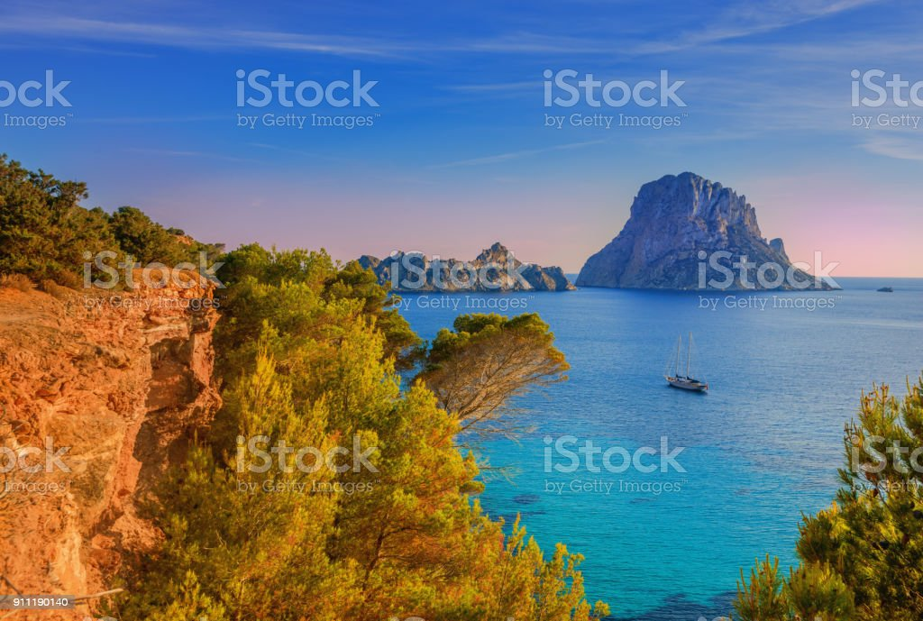 Beautiful landscape at Cala d´Hort on Ibiza - foto stock