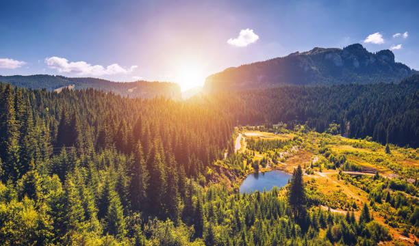 bucegi, bolboci, 시 나이 아, 루마니아에서 카 르 파 티아 산맥의 아름 다운 풍경 - 카르파티아 산맥 뉴스 사진 이미지