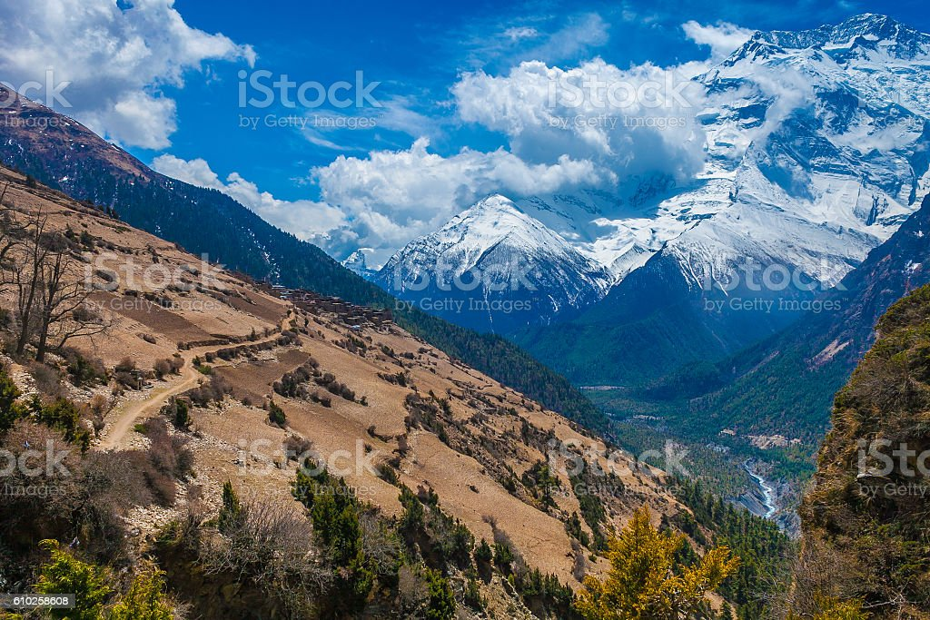 Beautiful Landscape View Snow Mountains Nature Viewpoint.Mountain Trekking Landscapes стоковое фото