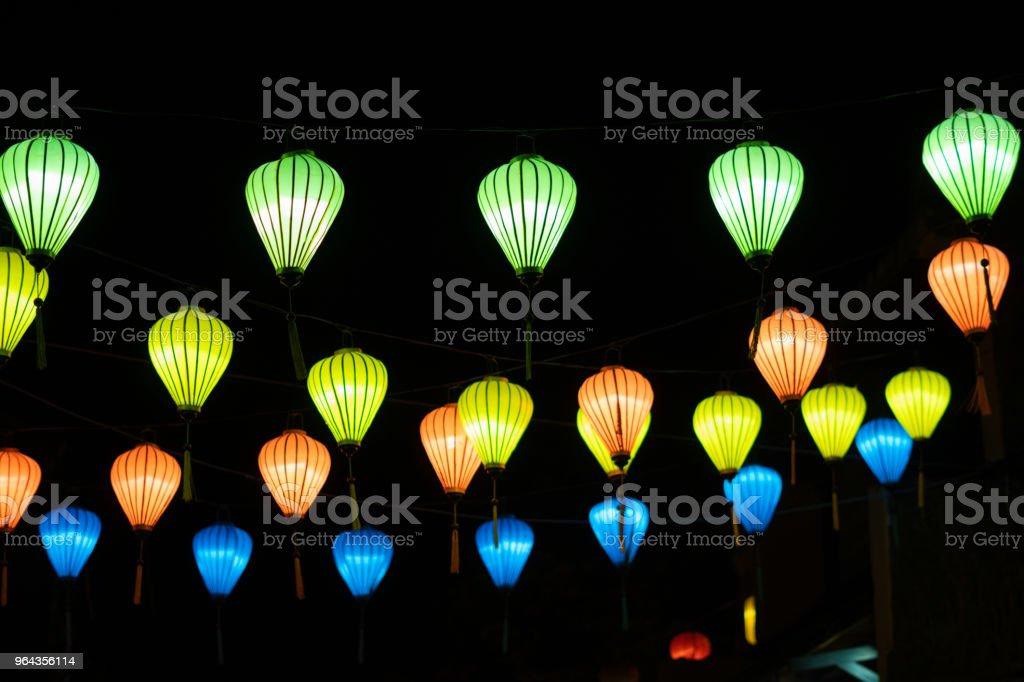 Lanterna bonita em uma cidade antiga de Hoi - Foto de stock de Ano Novo chinês royalty-free