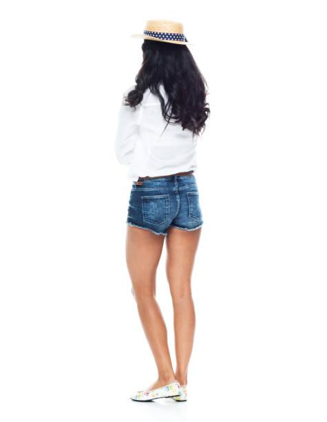 Schöne Latino weiblich in niedlichen Outfit auf weißem Hintergrund - denkt – Foto