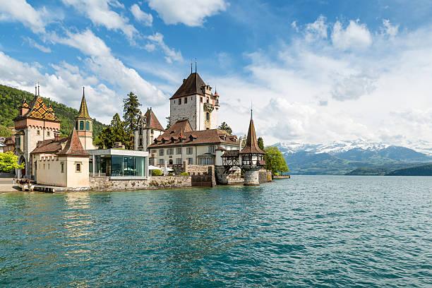 beautiful little tower of oberhofen castle in the thun lake - thun switzerland stock-fotos und bilder