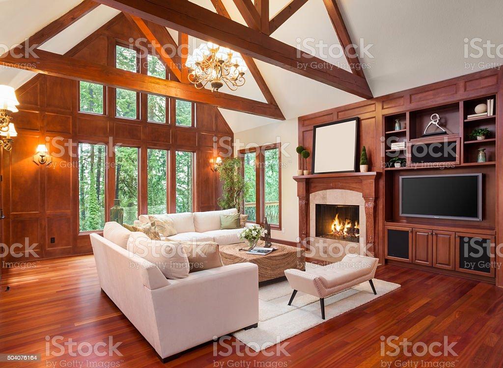 Schönes Wohnzimmer Interieur in der neuen Luxus-home - Lizenzfrei Ausrüstung und Geräte Stock-Foto