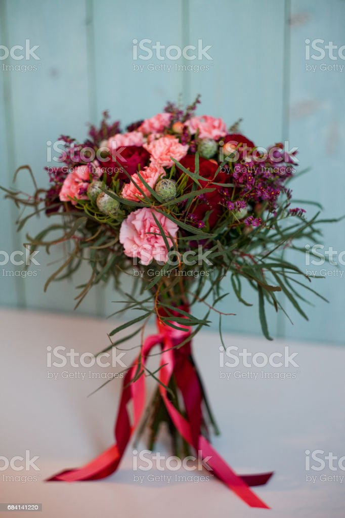beautiful lush bouquet with roses, turquoise background, gift royalty free stockfoto