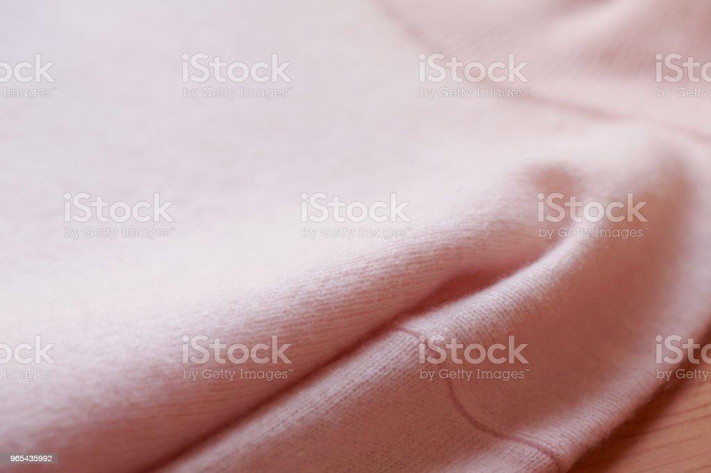Beau, luxueux, tricot chandail rose, automne, hiver, chaud. - Photo de A la mode libre de droits