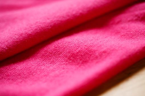 아름 답 고 고급 스러운 따뜻한 분홍색에서 스웨터가 겨울 니트 가을에 대한 스톡 사진 및 기타 이미지