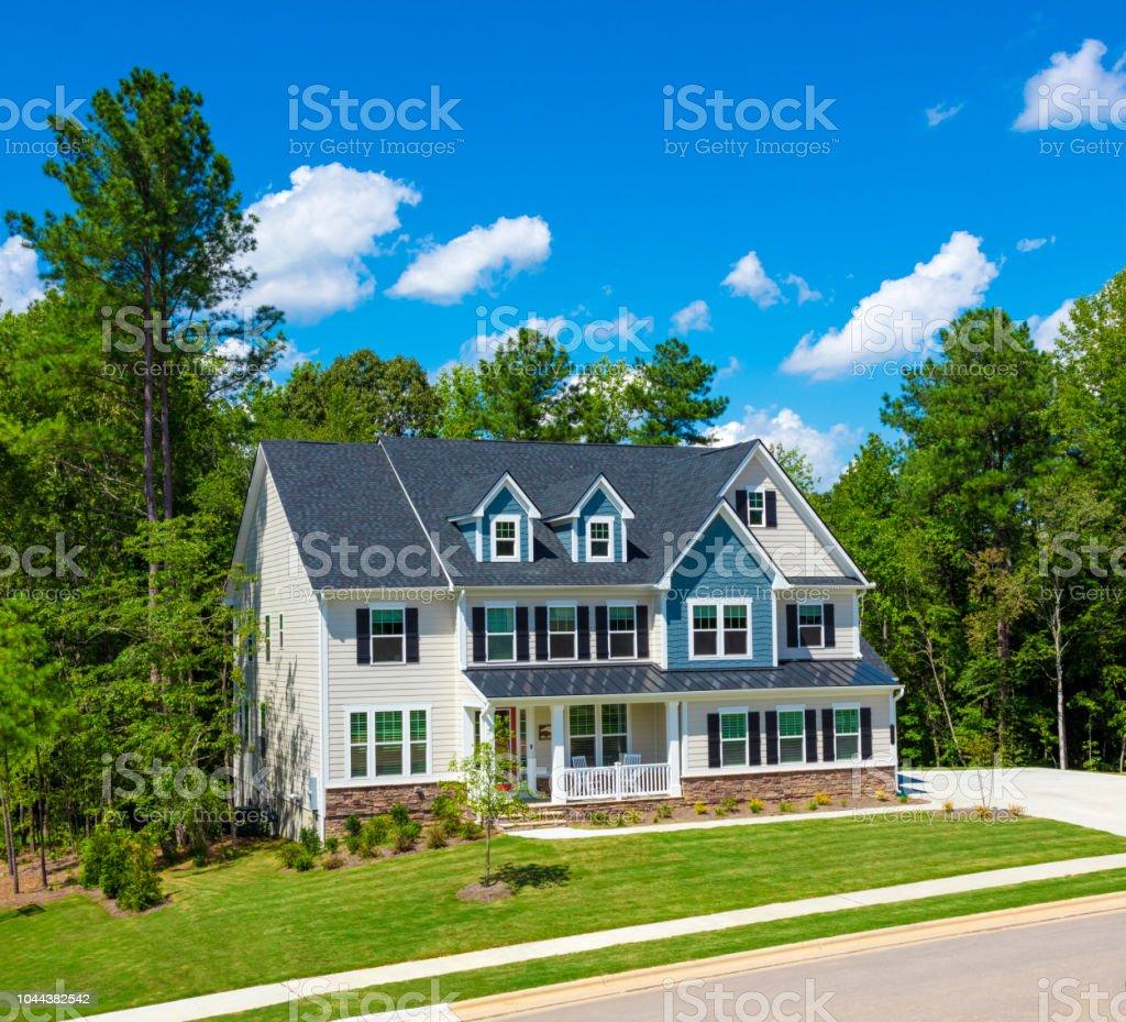 Hermosa casa de lujo foto de stock libre de derechos