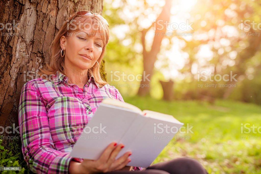 Hermosa mujer madura foto de stock libre de derechos
