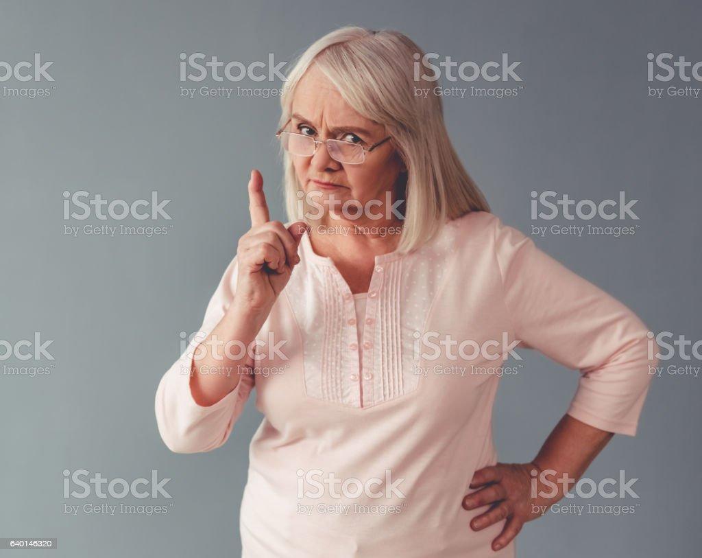 Abuelas Maduras hermosa mujer madura foto de stock y más banco de imágenes