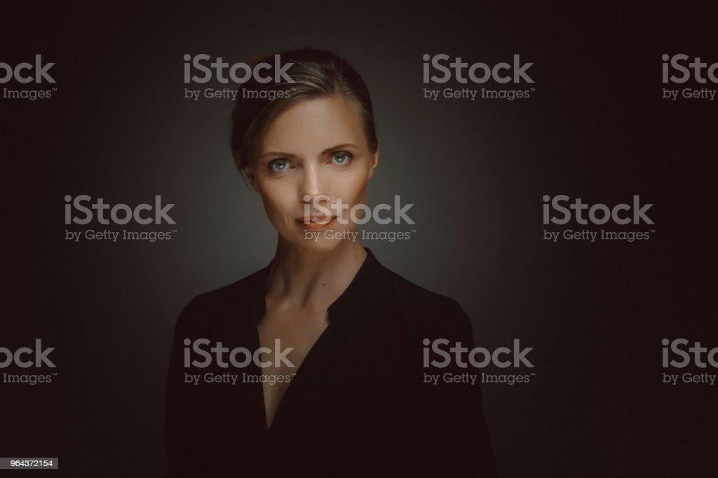 Belo Retrato de meio envelhecido mulher - Foto de stock de 40-49 anos royalty-free