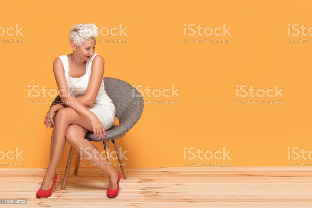 Mature women legs pics