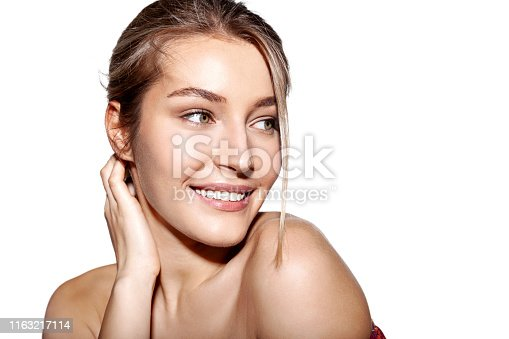 istock Beautiful model looking away 1163217114