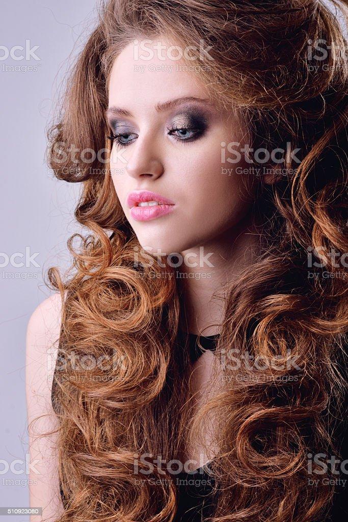 Foto modelle capelli ricci