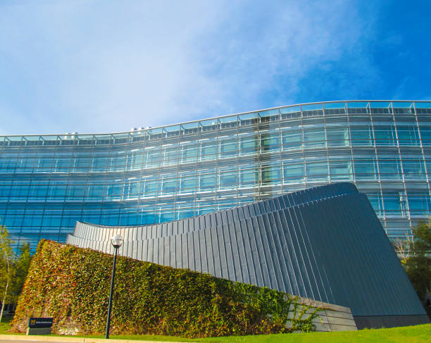 ANN ARBOR, MI, USA - October 2, 2017. Beautiful modern building. City landscape on a sunny autumn day. ann arbor stock pictures, royalty-free photos & images